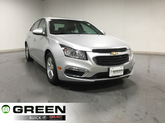 pre owned 2015 chevrolet cruze 1lt 4d sedan in quad cities. Black Bedroom Furniture Sets. Home Design Ideas