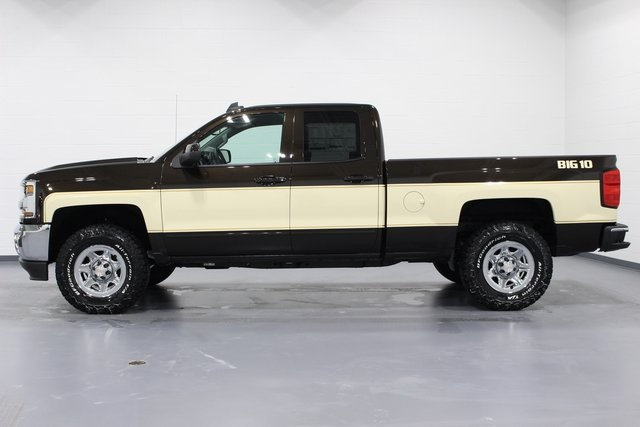 Used Gmc Trucks For Sale >> New 2018 Chevrolet Silverado 1500 LT Double Cab in Quad Cities #E20349 | Green Family Auto