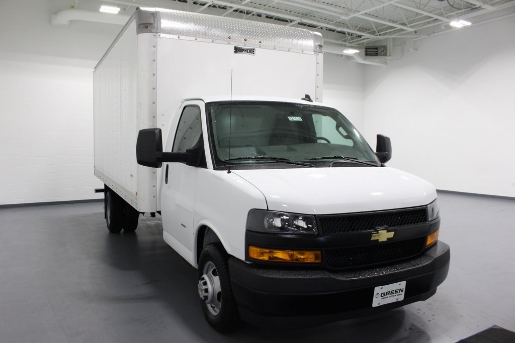 New 2018 Chevrolet Express 3500 Work Van 2d Chassis In Quad Cities